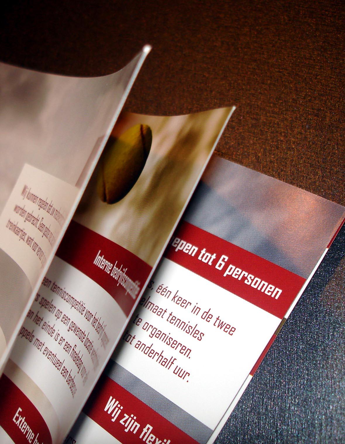 heinerman huisstijl magazine brochure bedrijfsbrochure closeup bladeren cartoon infographic