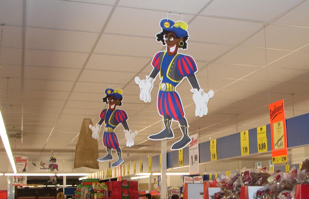 lidl sinterklaas pieten drukwerk winkels kleur cartoon hangend