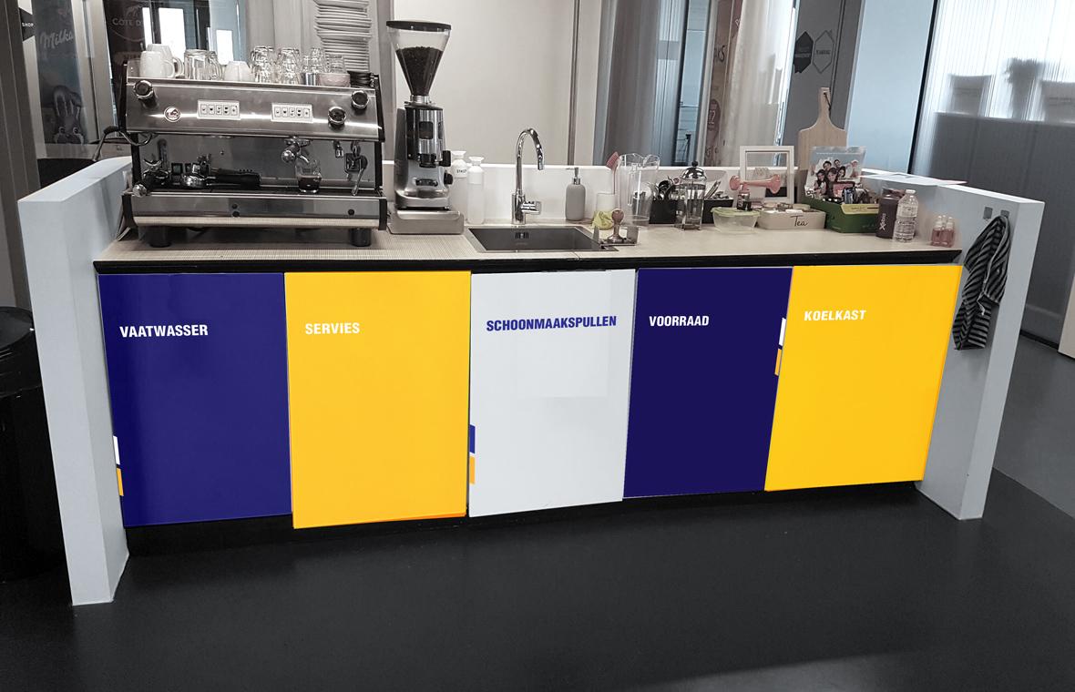 facethepublic grafisch ontwerp interieur huisstijl bar koffiecorner keukenkastjes