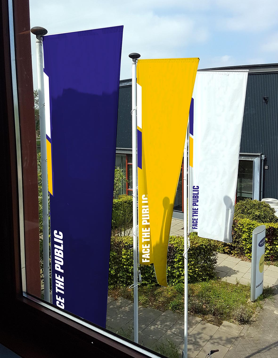 facethepublic grafisch ontwerp interieur huisstijl vlaggen mastvlaggen
